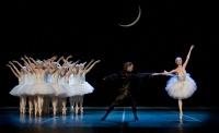 """Сегодня на Большой сцене балет Петра Ильича Чайковского """"Лебединое озеро""""!"""