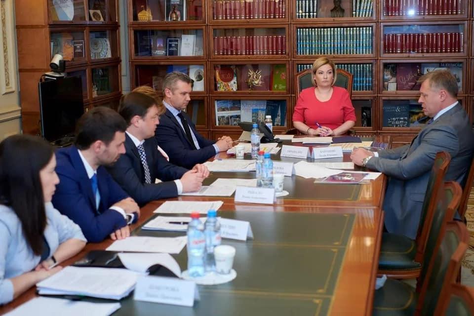 В Москве состоялась рабочая встреча Министра культуры России  и губернатора Астраханской области