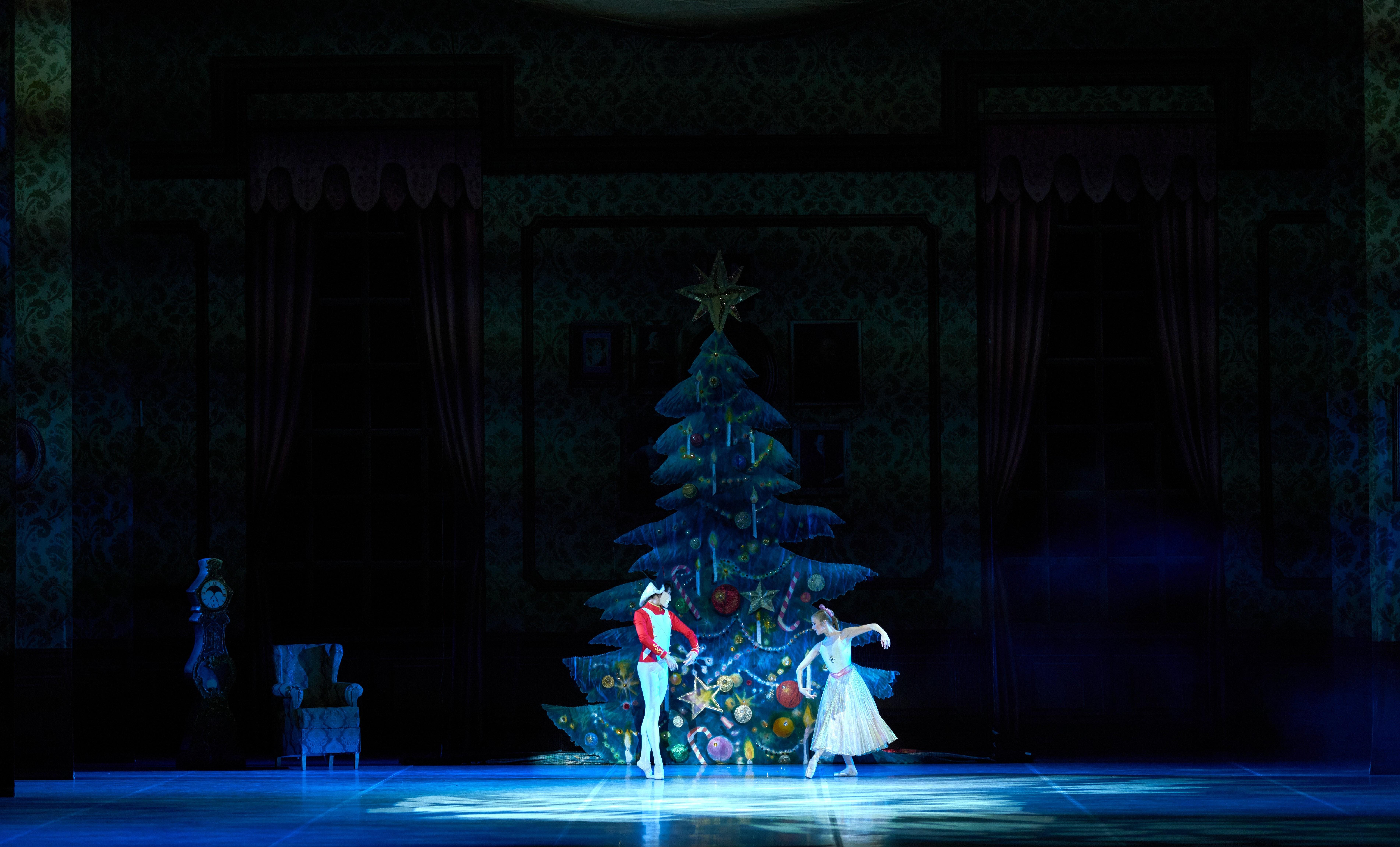 «Русские сезоны» во Франции пройдут с участием  артистов Астраханского театра Оперы и Балета