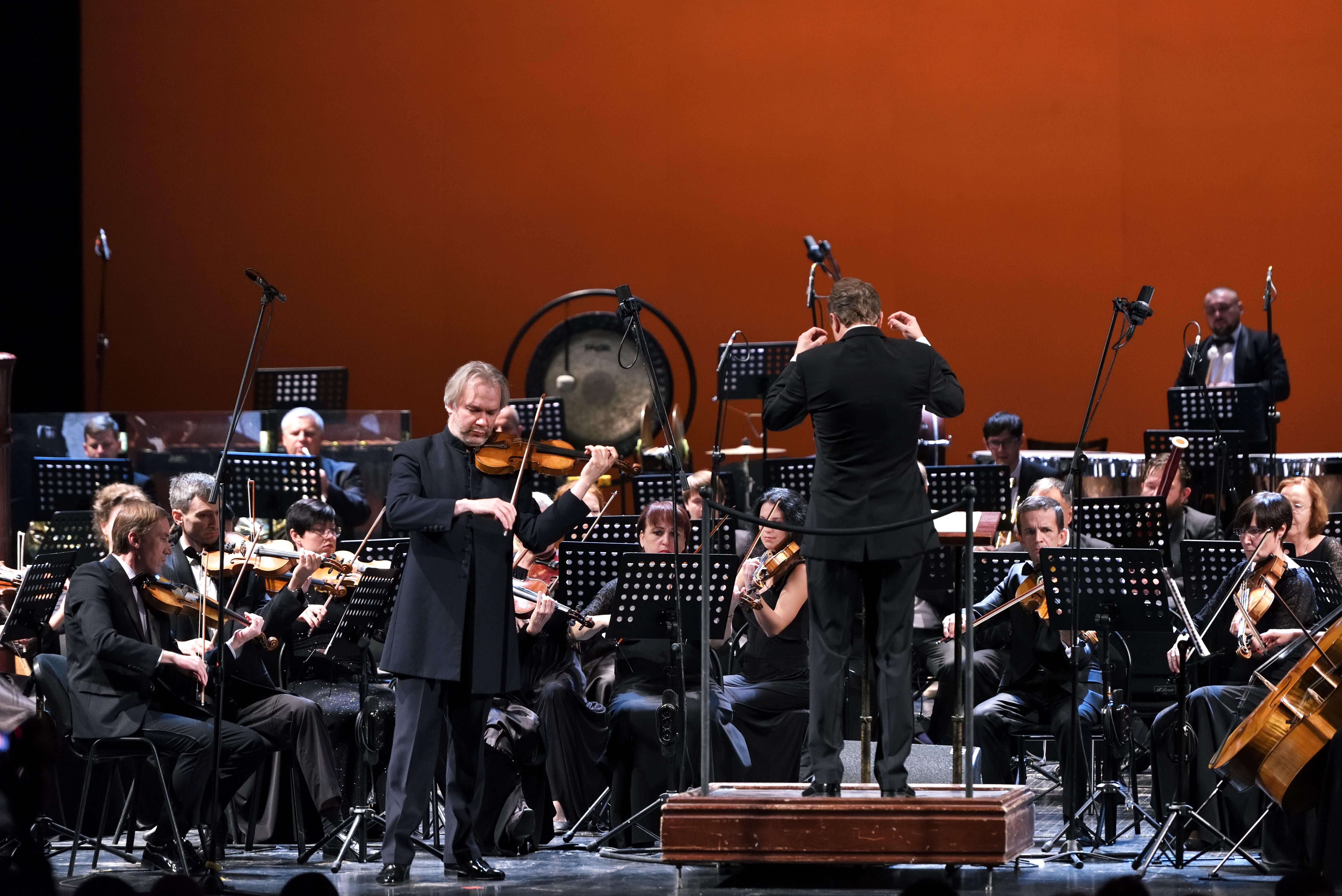 В Астраханском театре Оперы и Балета прозвучали шедевры русских композиторов