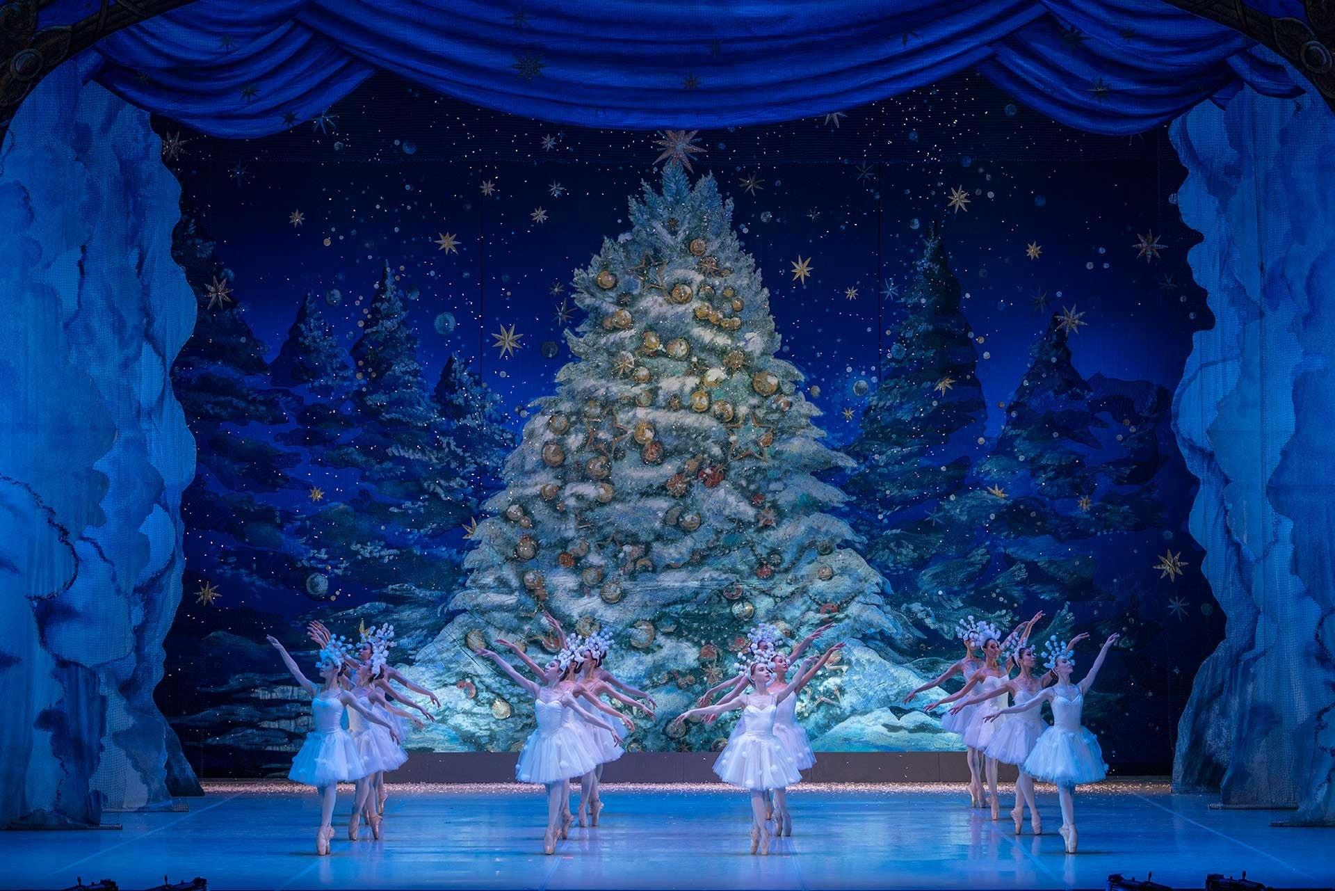 Балет «Щелкунчик» подарил новогоднее настроение
