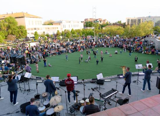 Фестиваль «Музыка на траве» открыт