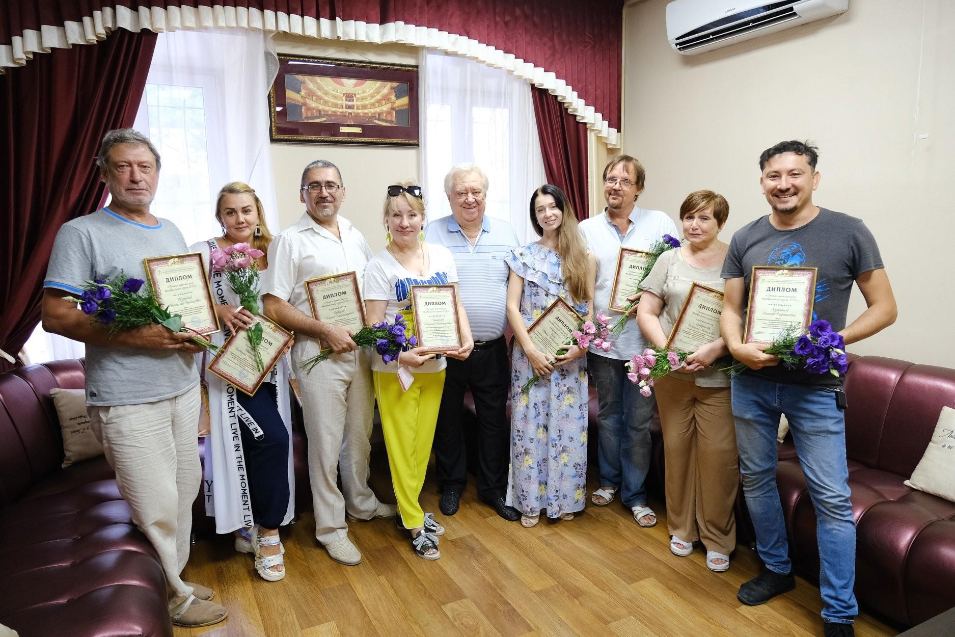 В Доме Актёров астраханское отделение СТД отметило лучших артистов региона