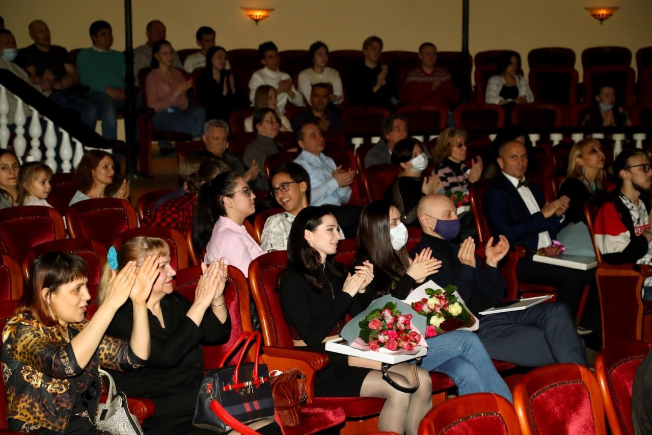 В минувшие выходные в Астрахани отметили международный день театра