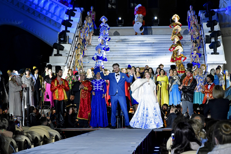 До долгожданной премьеры оперы М. Глинки «Руслан и Людмила» остается несколько часов