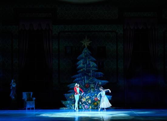 Сегодня во Франции открываются гастроли артистов Астраханского театра Оперы и Балета
