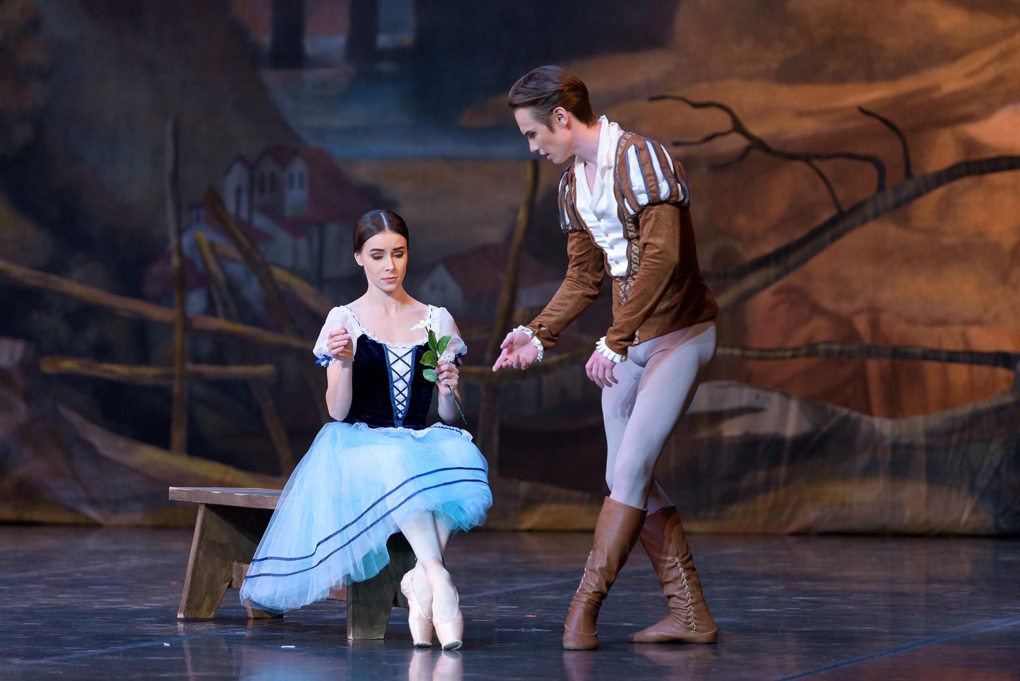 Трогательный и романтический балет на сцене театра