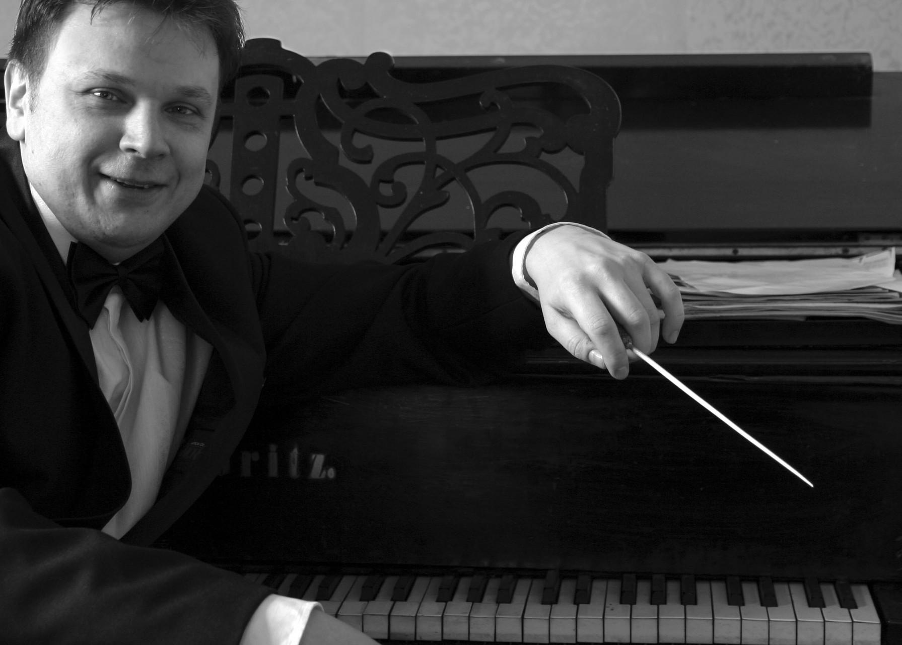 Премьерный спектакль посетил композитор из Санкт- Петербурга