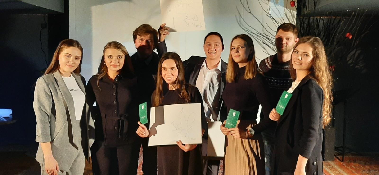 Студенты-журналисты АГУ вступили в соревнование с актёрами театра оперы и балета