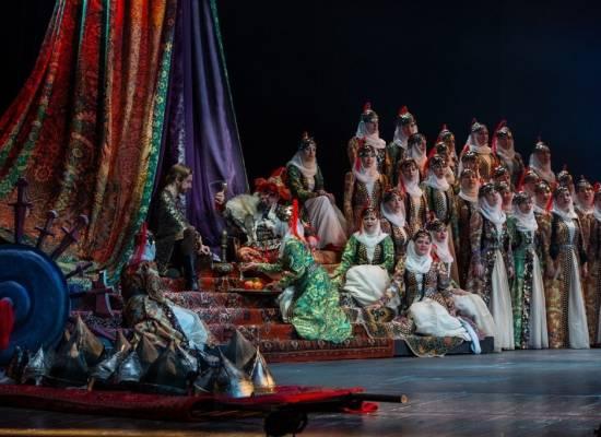 Опера «Князь Игорь» на сцене  Большого зала