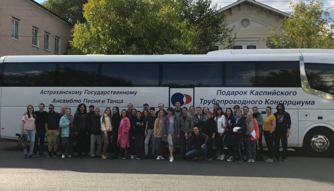 Музыканты симфонического оркестра и солисты оперы отправились в Сочи