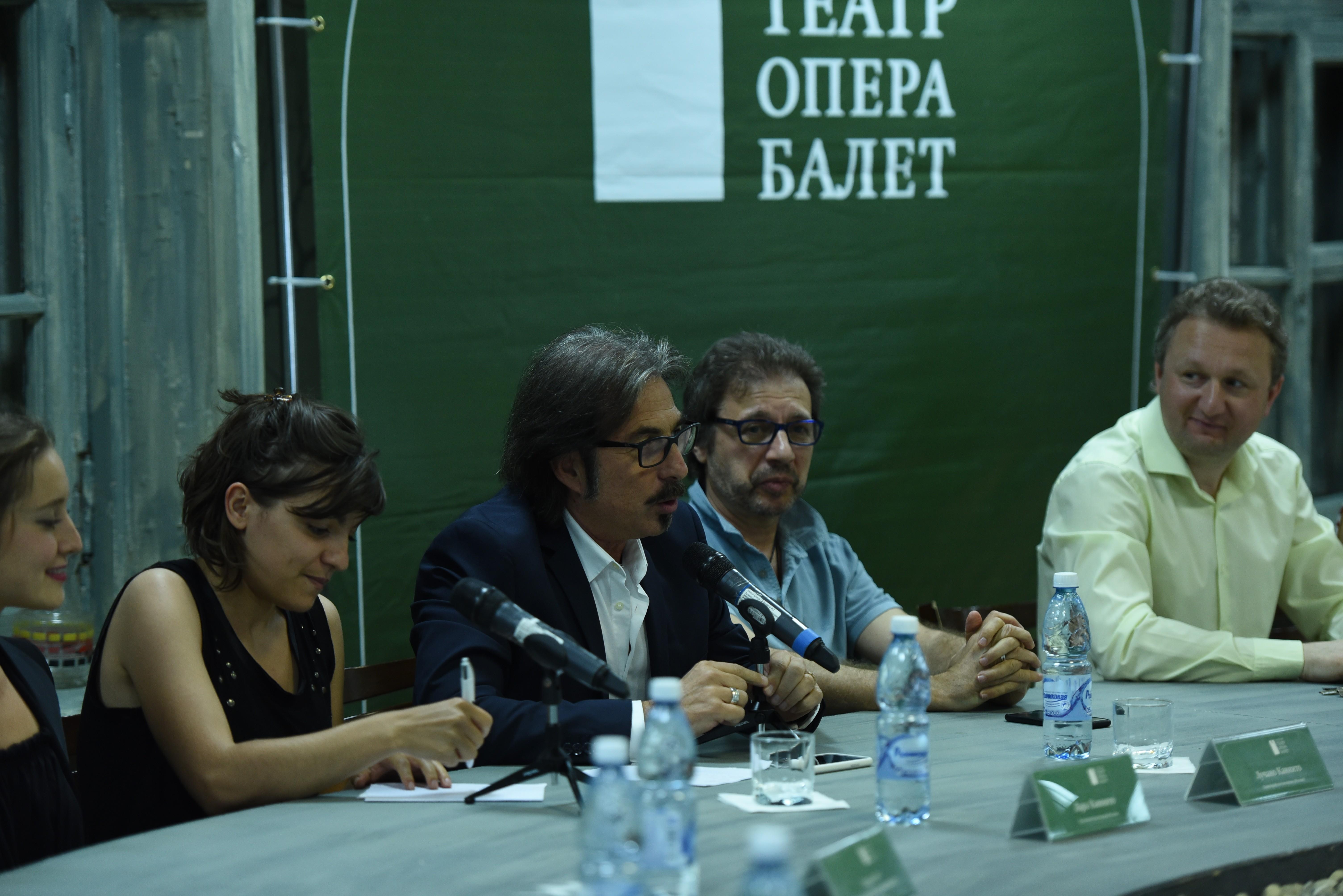Постановщики балетных  спектаклей встретились с журналистами