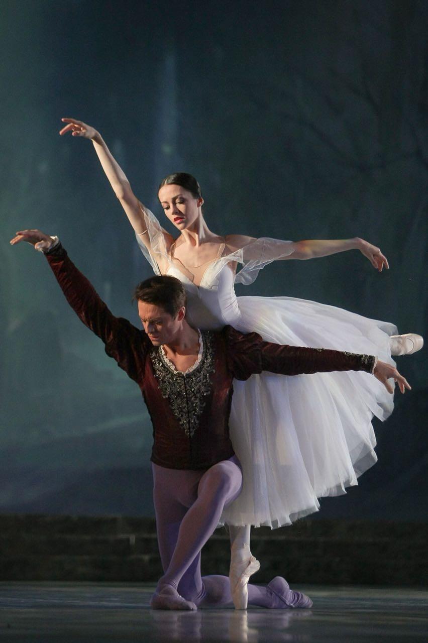 В Астрахани выступили звёзды балета Большого и Мариинского театров