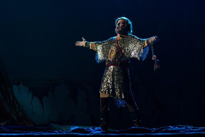И вновь сегодня Астраханский государственный театр Оперы и Балета представит постановку «Музыкальное прочтение «Слова о полку Игореве» в Астраханском кремле»
