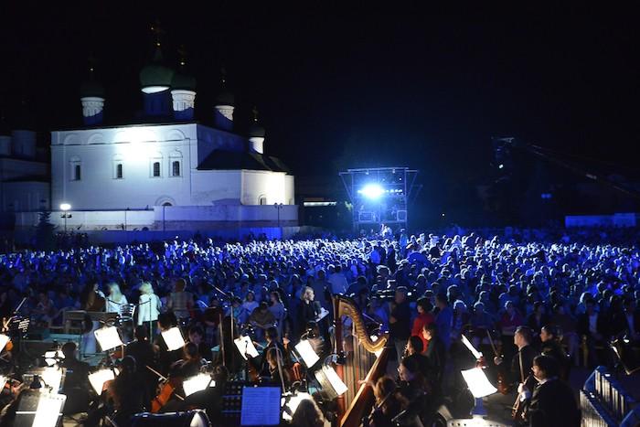 Шедевры классической музыки прозвучат под небом Каспия