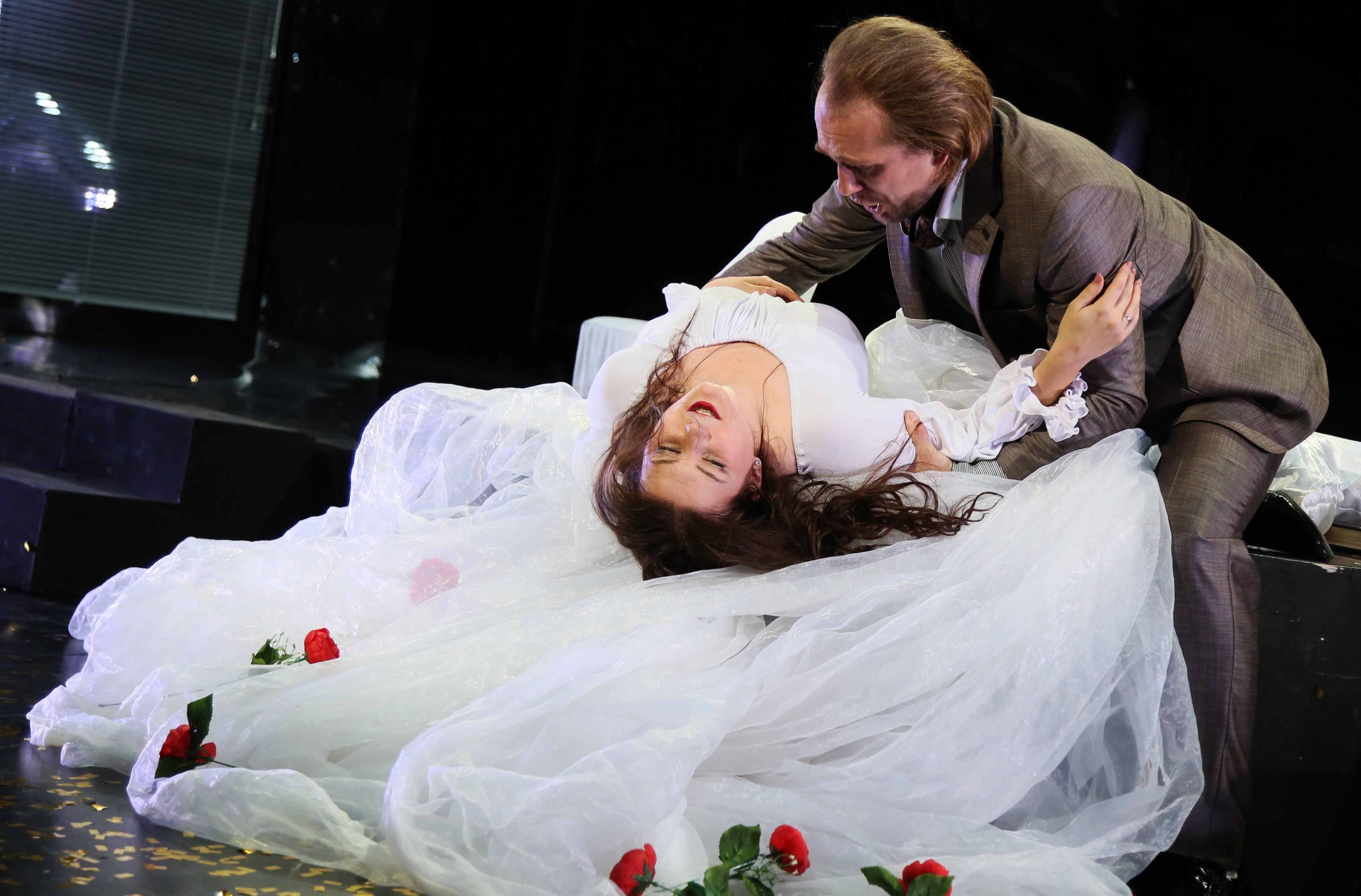 Опера «Травиата» Дж. Верди приглашает