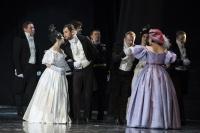 Балет - на гастролях , классическая опера - на Большой сцене
