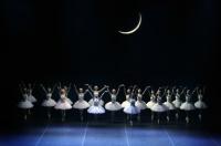"""На Большой сцене балет Чайковского """"Лебединое озеро""""!"""