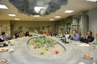 В Астраханском театре Оперы и Балета проходит дружеская встреча творческого руководства и журналистов!