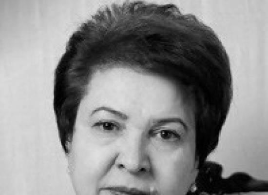 Сегодня празднует свой день рождения, директор Астраханского драматического театра