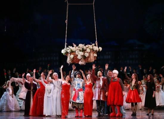 Театральный сезон завершился гала-концертом