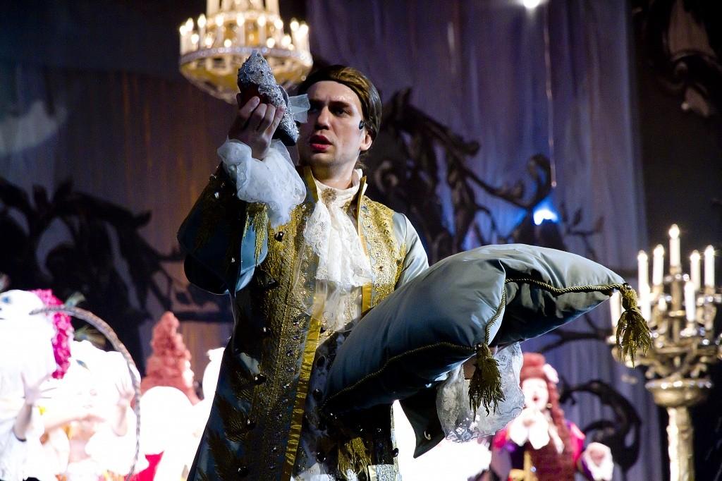 """Вновь и вновь красота спектакля """"Хрустальный башмачок"""" очаровывает зрителей!"""