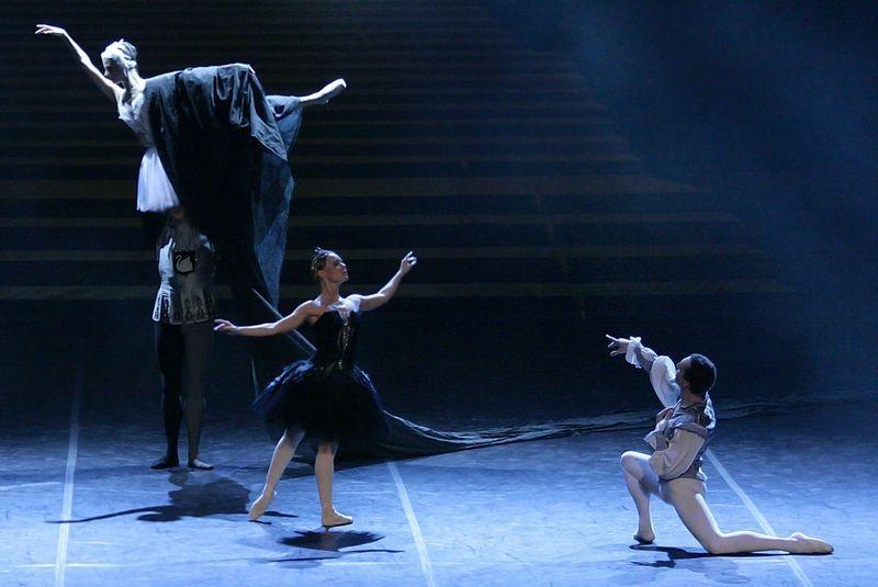 Новый гастрольный тур для артистов балета