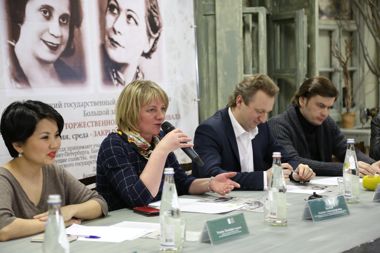 Оперные звезды России на Астраханской сцене