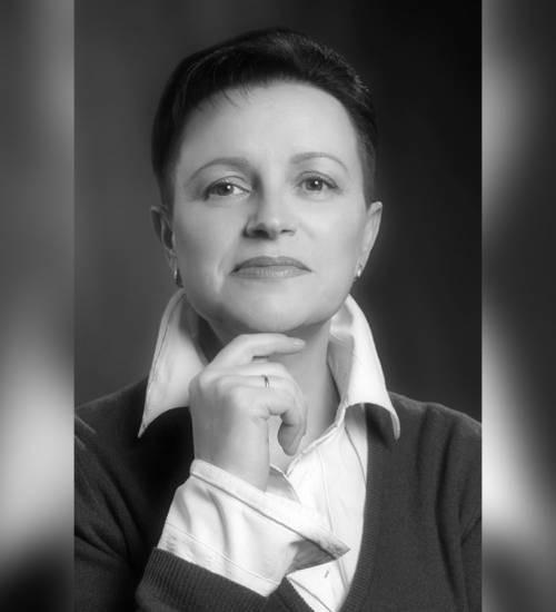 Сегодня празднует день рождения главный хормейстр театра Оперы и Балета - Дунчева Галина Адольфовна