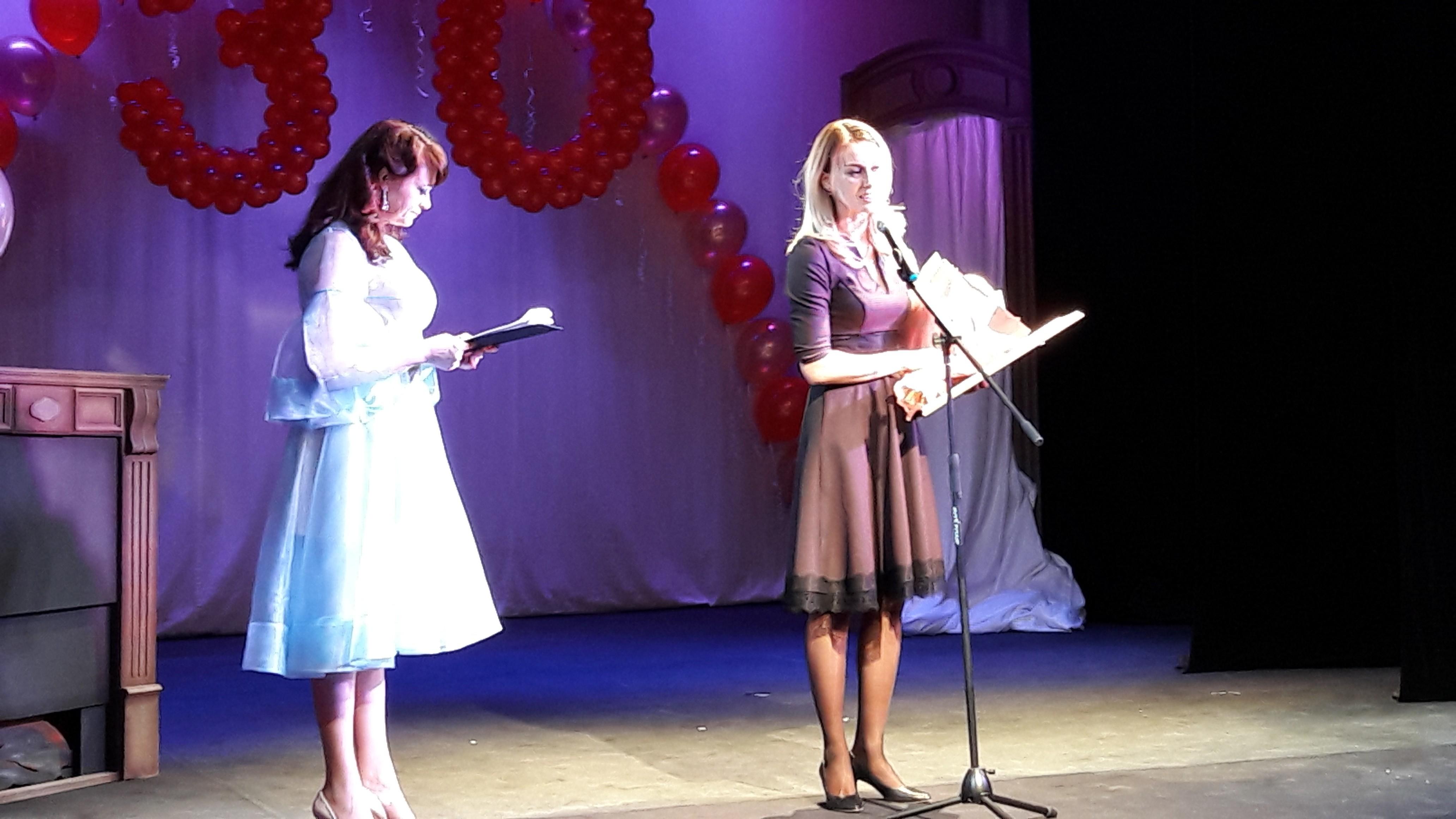 Театр Оперы и Балета поздравил коллег из театра кукол