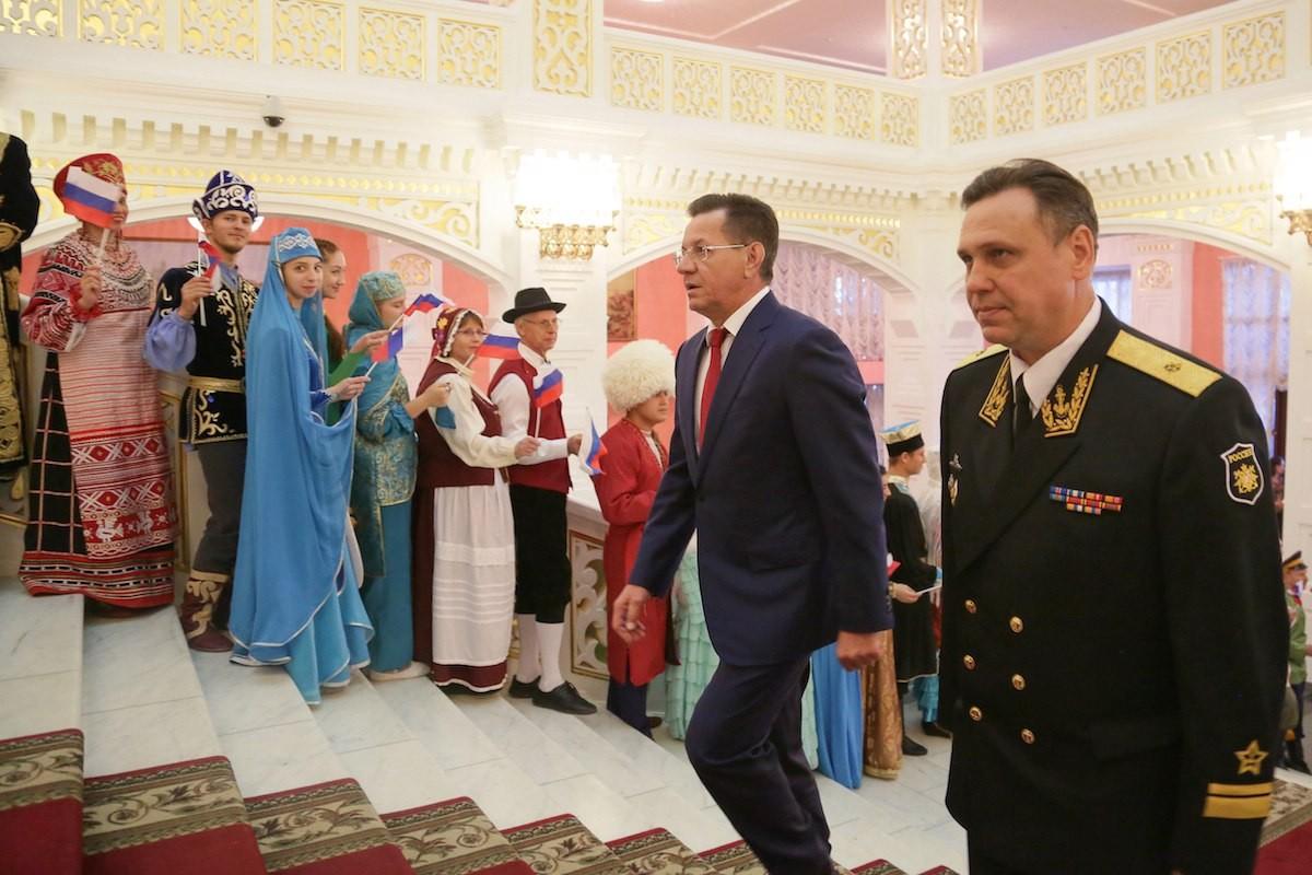 Губернатор Астраханской области Александр Жилкин провёл торжественный приём в Астраханском государственном театре Оперы и Балета